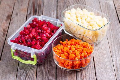 Storage of prepared foods in plastic container